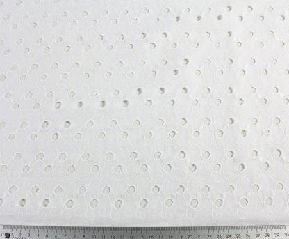 Batiststoff mit Ranken bestickt weiß - 50-043-001