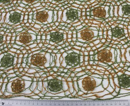 Gestickter Wollstoff Mohair grün/beige- 52-016-767