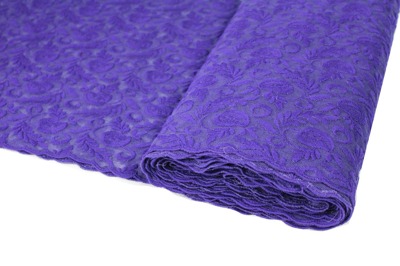 spitzenstoff baumwolle auf t ll gestickt lila f r oberteile und r cke. Black Bedroom Furniture Sets. Home Design Ideas