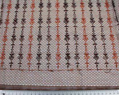 Stickerei auf Netzstoff braun - 54-003-032