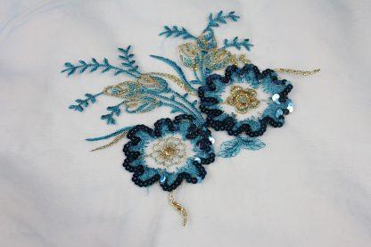 Pailletten Stickerei auf Georgette hellblau - 56-004-035