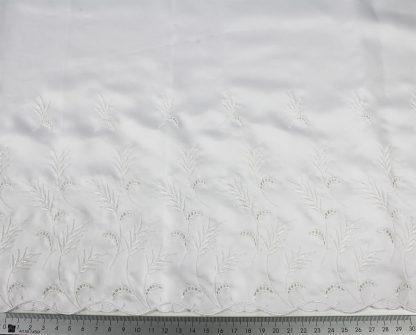 Satin für Brautmode mit Lochstickerei weiß - 58-007-001