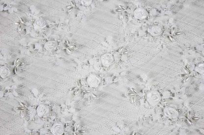 Haute Couture Chantilly Spitze mit Perlen weiß - 70-004-001
