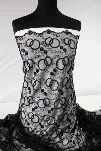 Extravaganter Spitzenstoff mit Perlen schwarz - 70-015-046