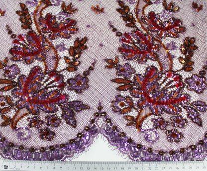 Extravagant von Hand bestickte moderne Französiche Spitze lila / rot - 74-014-030