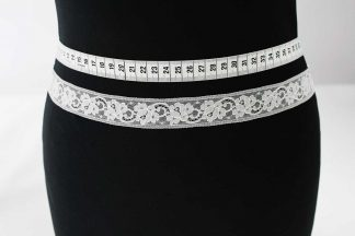 Hochwertige Leavers Lace Spitzenborte - champagner - 80-008-004